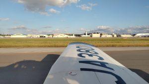 那覇で飛行訓練を始めます